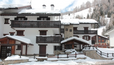 APPARTAMENTI CHAMPOLUC APARTMENTS